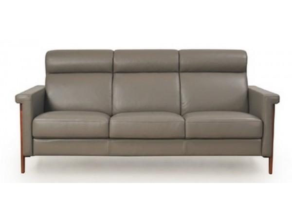579 - Harvard Sofa
