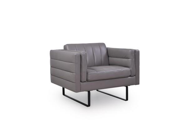 582 - Orson Chair